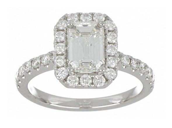 White Diamond Ladies Ring (White Diamond 1.55 cts. H SI1 White Diamond 0.69 cts.)