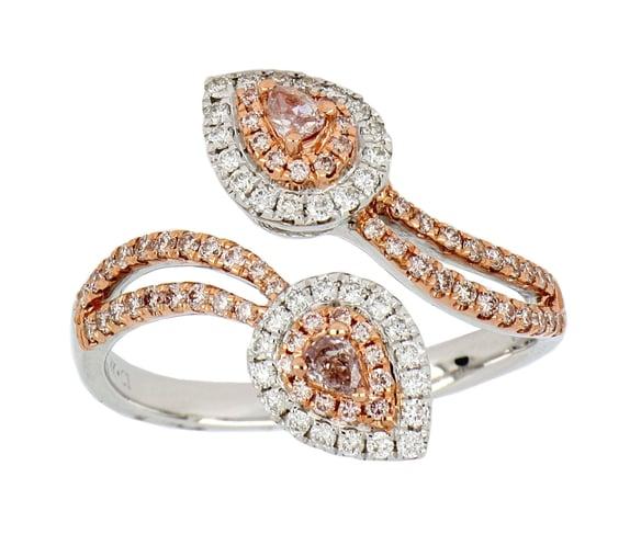 Pink Diamond Ladies Ring (Pink Diamond 0.45 cts. White Diamond 0.21 cts.)