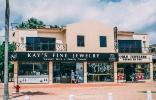 Aruba Downtown storefront